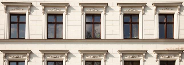 Silencioso renacer de l 39 eixample redefinimos la calidad y for Porticones madera exteriores